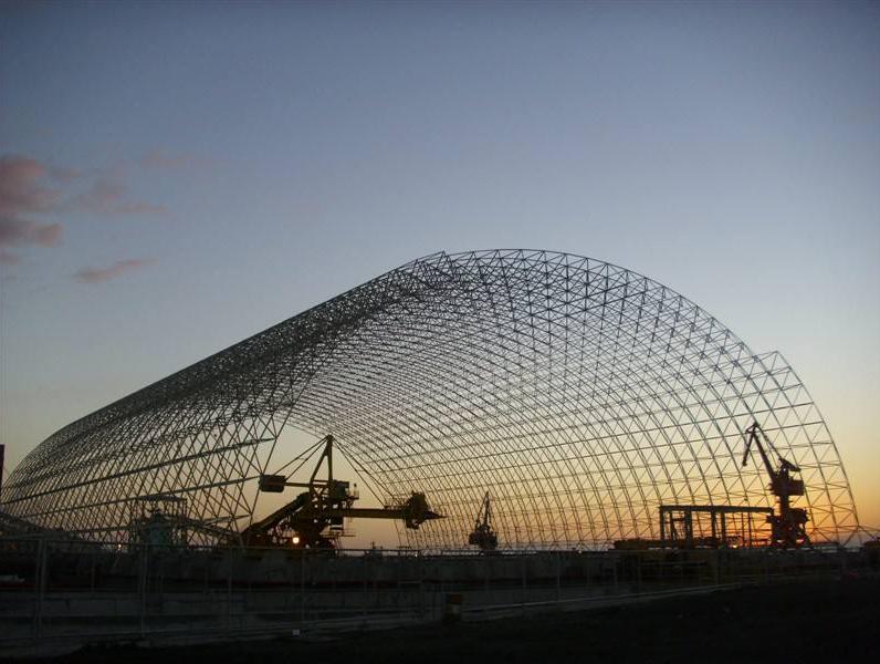 钢结构工程网架的设计方案结构